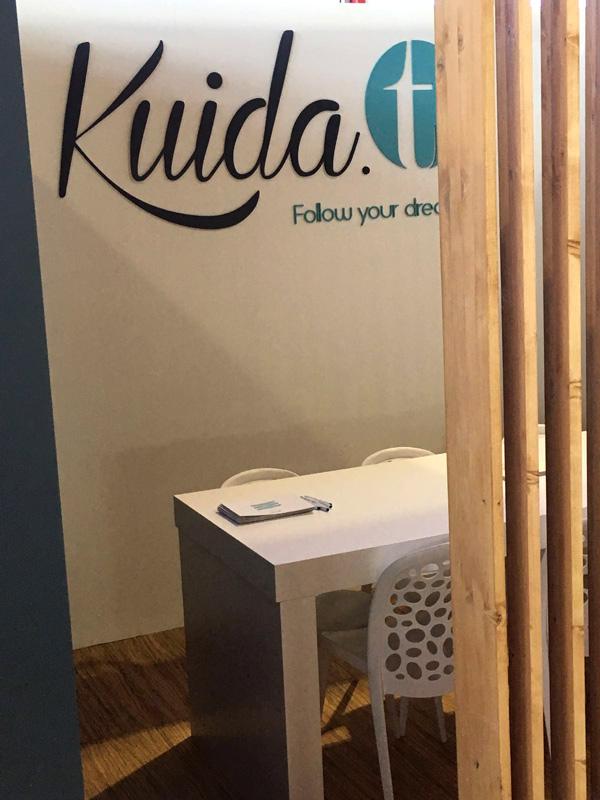 Diseño corporativo Stand Kuida-t Madrid Mueble