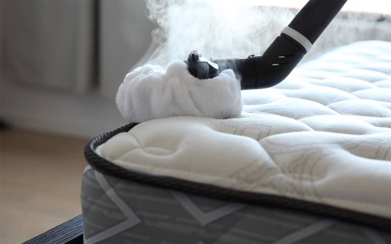 Cómo quitar manchas del colchón. Consejos prácticos