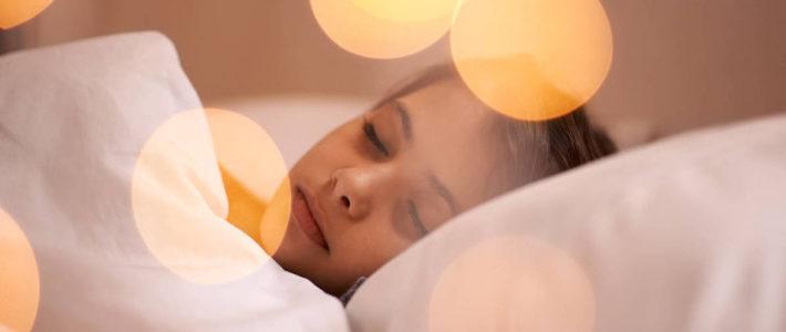 Descubre cuál es la mejor almohada para dormir de lado