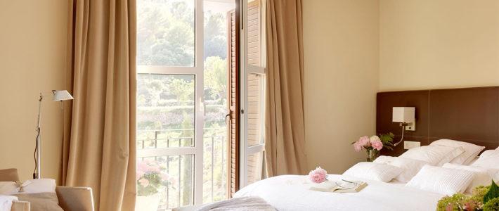 Cómo orientar la cama. Recomendaciones para dormir bien